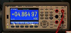 充電器やAC-DCアダプタから取り出せる電流を測る <その6>音楽プレーヤ付属AC-DCアダプタ